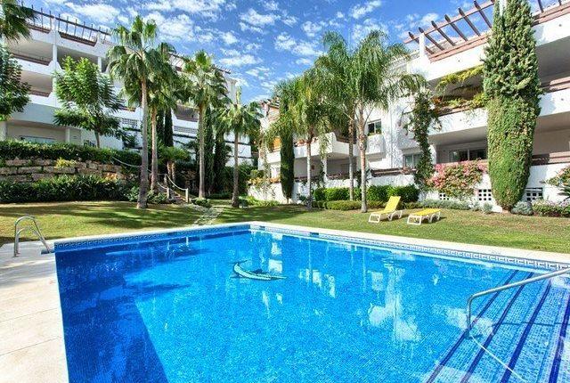 2 bed apartment for sale in Estepona, Málaga, Spain