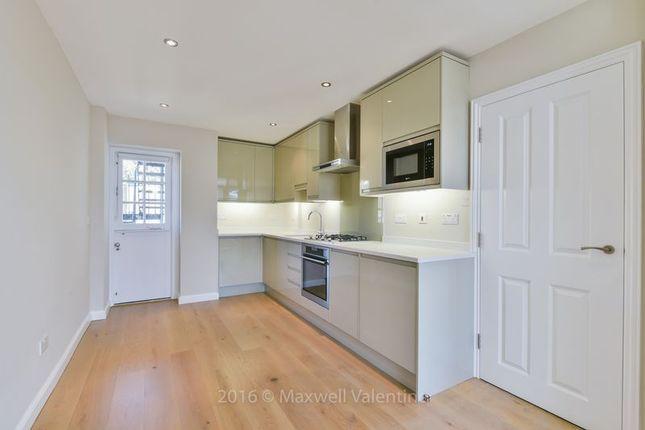 1 bed flat to rent in St. Leonards Studio, Smith Street, London