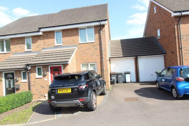 Thumbnail Property to rent in Cullen Close, Luton