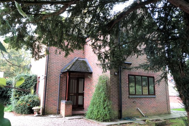Thumbnail Detached house to rent in Henmore Bank, King Edward Street, Ashbourne, Derbyshire