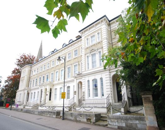 1 bed flat to rent in Church Square, Leighton Buzzard LU7