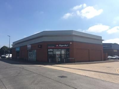 Thumbnail Retail premises to let in Unit 4, 125 London Road, Newbury