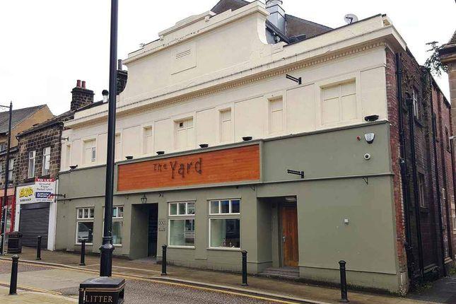 Restaurant/cafe to let in High Street, Yeadon, Leeds