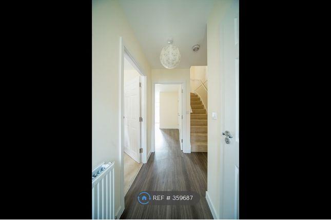 Hallway of Winter Close, Epsom KT17