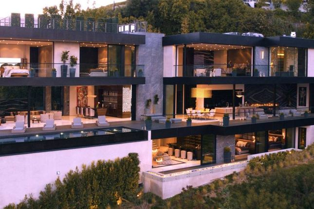 Thumbnail Property for sale in Thrasher Avenue, Hollywood Hills, Los Angeles