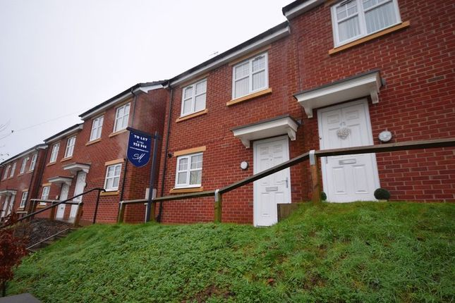 Thumbnail Property to rent in Oxford Road, Fegg Hayes, Stoke-On-Trent