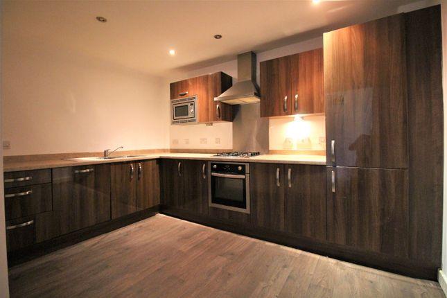 3 bed flat to rent in Queensway, Queensway Lodge, Poulton-Le-Fylde FY6