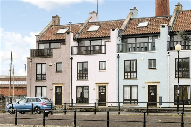 Thumbnail Terraced house for sale in Nova Scotia Place, Bristol
