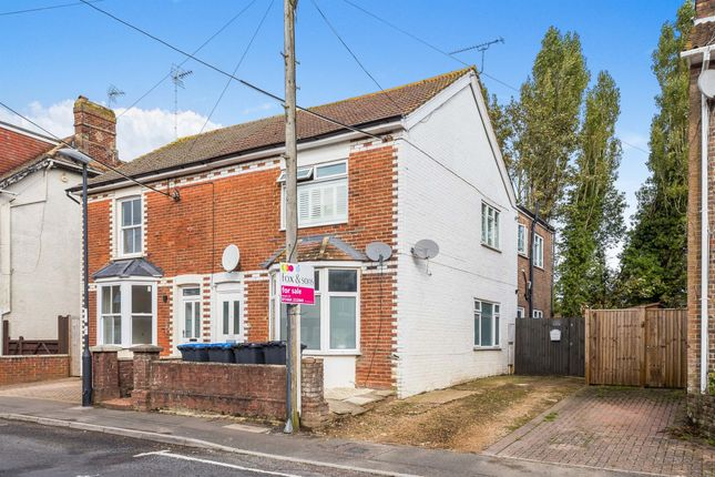 1 bed flat for sale in Newport Road, Burgess Hill RH15