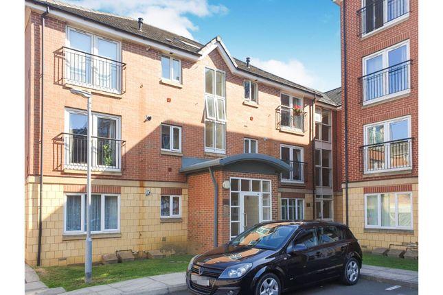 Flat in  Balfour Close  Northampton  West Midlands