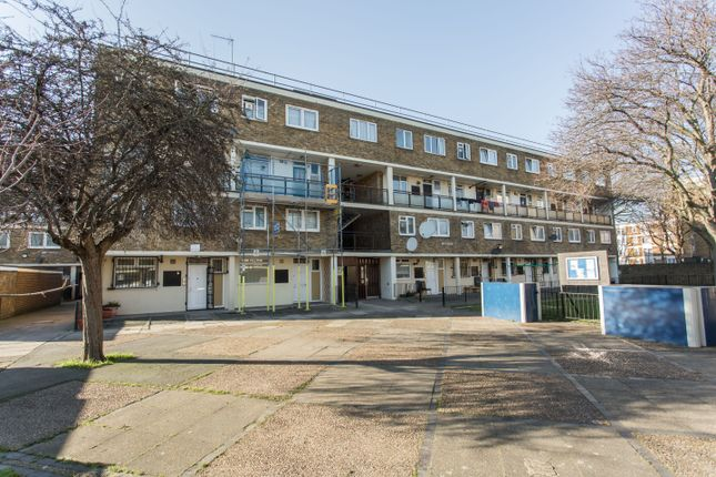 Thumbnail Flat for sale in Key Close, London