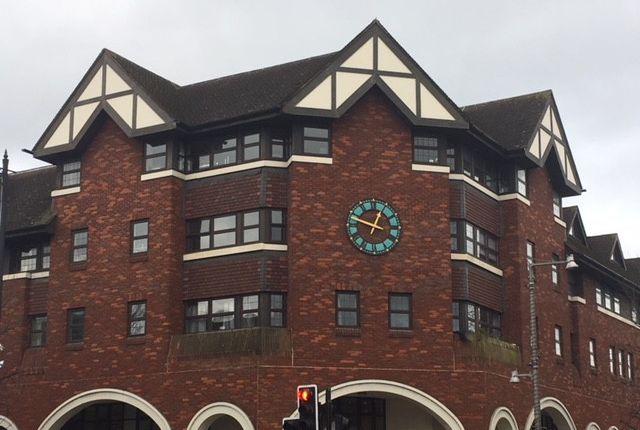 Flat to rent in Heath Road, Twickenham