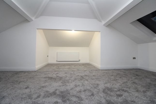 Thumbnail Flat to rent in High Street, Erith