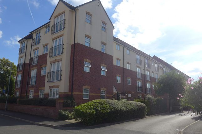 Thumbnail Property to rent in Sandycroft Avenue, Wythenshawe, Manchester