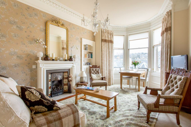 Thumbnail Flat to rent in Comely Bank Grove, Edinburgh