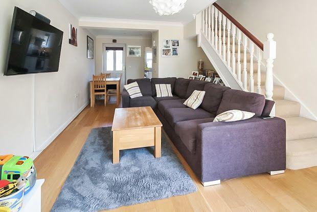 Lounge Frm Frnt of Junction Mews, Dorking, Surrey RH4