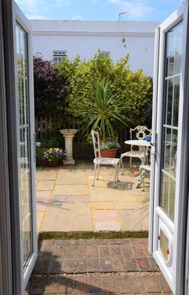 Lounge To Garden of Warrior Square, Eastbourne BN22