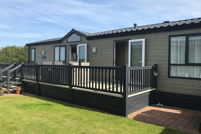 2 bed mobile park home for sale in conwy, conwy ll32 - zoopla