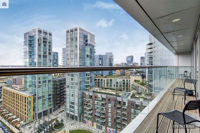 Thumbnail Flat to rent in Penthouse, Commercial Road, London