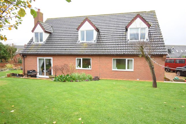 Thumbnail Property for sale in Rose Paddock, Woodford, Kettering