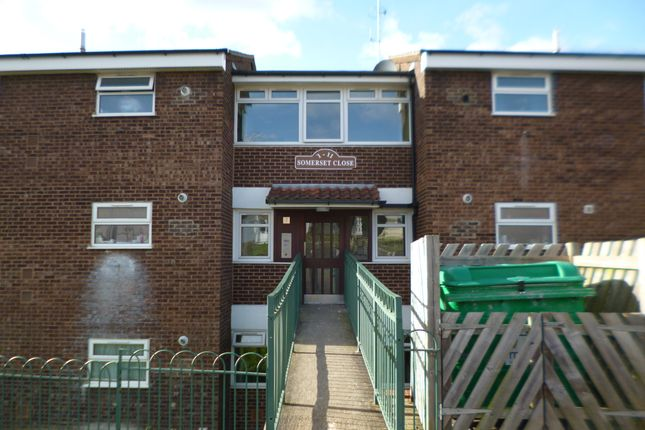 Thumbnail Flat to rent in Somerset Close, Chatham