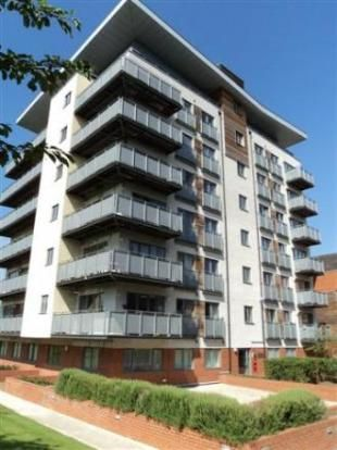 Thumbnail Flat to rent in Aqua House, Agate Close, Ealing, London