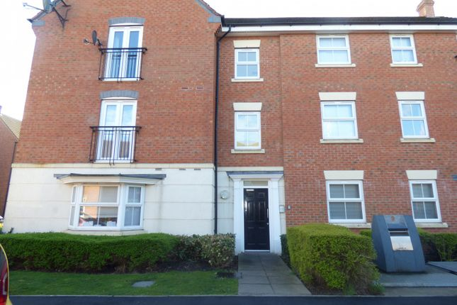 Thumbnail Property to rent in Pitchcombe Close, Redditch