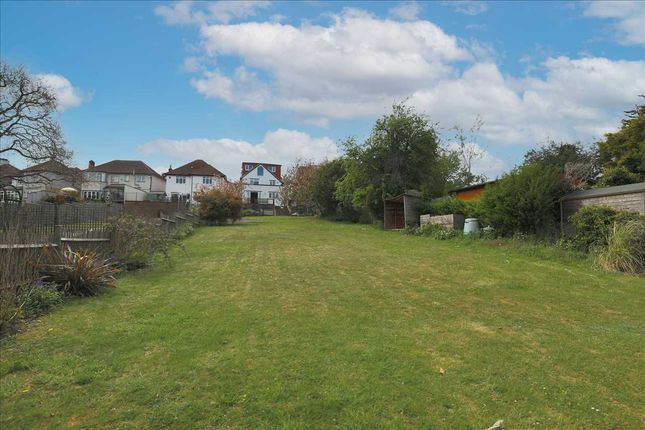Thumbnail Detached house for sale in The Ridge, Coulsdon
