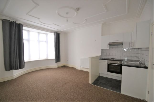 Studio to rent in Flamsted Avenue, Wembley