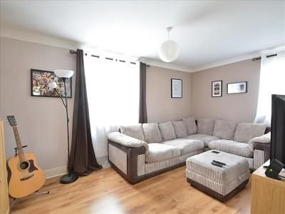 Lounge of 7 Hardy Court, Weyhill Road, Andover SP10