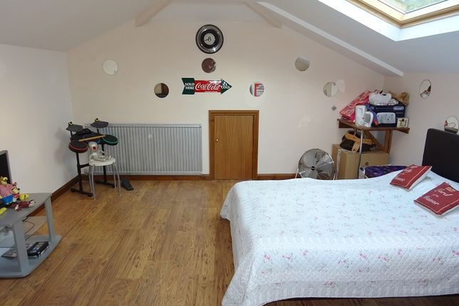Bedroom 2 of Springvale, Wigmore, Kent. ME8