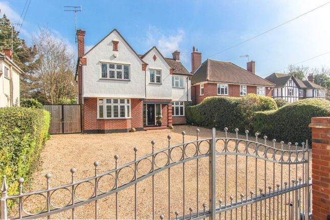 Thumbnail Detached house for sale in Hempstead Road, Watford