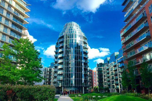 Thumbnail Flat for sale in The Pinnacle, Battersea Reach, London