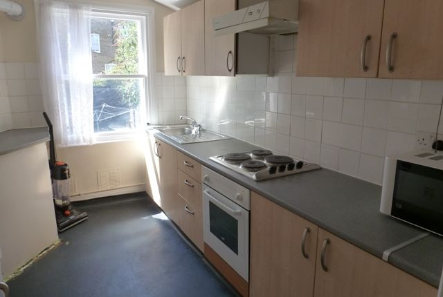 Thumbnail Terraced house to rent in Bancroft Road, Stepney Green