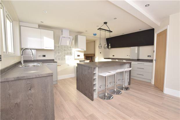 Thumbnail End terrace house for sale in Hanham Road, Kingswood