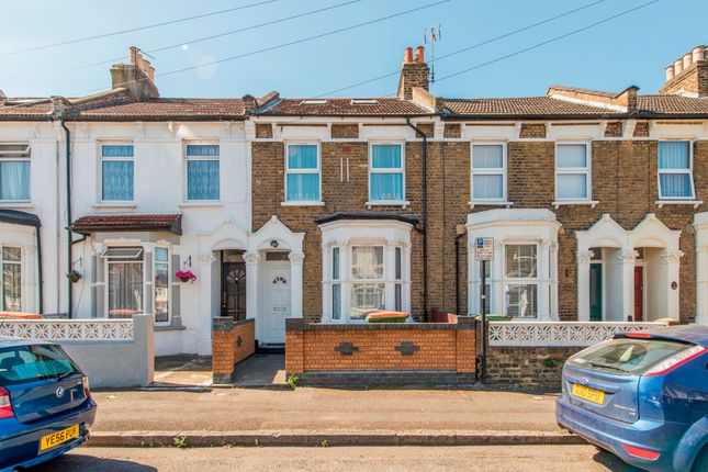 Thumbnail Terraced house to rent in Morton Road, London