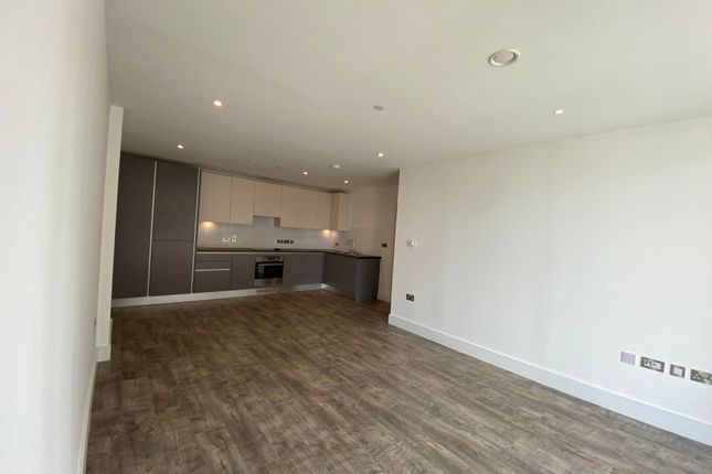Thumbnail Flat to rent in Stromness Walk, London