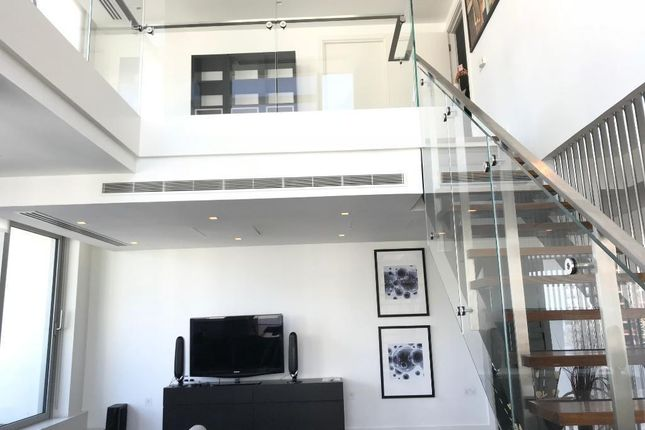 Flat to rent in Pan Peninsula Tower East, South Quays, Canary Wharf