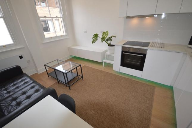 1 bed flat to rent in Temple Chambers, 13 Figtree Lane, Sheffield S1