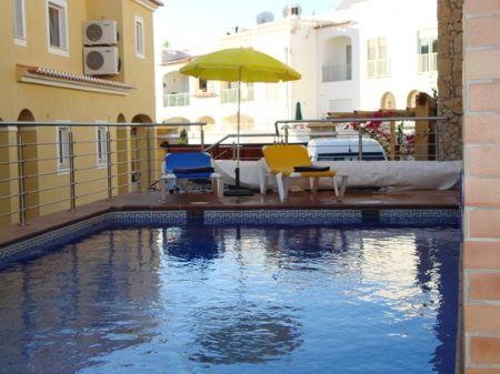 Image 1 15 Bedroom Villa - Western Algarve, Praia Da Luz (Gv386)