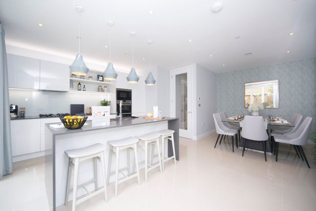 Thumbnail Town house to rent in Brewery Lane, Twickenham, Middlesex