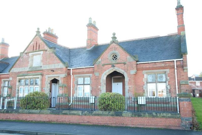 Thumbnail Property to rent in Hawfield Lane, Burton-On-Trent