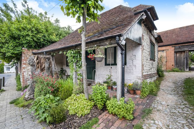 Thumbnail Cottage for sale in High Street, Selborne, Alton