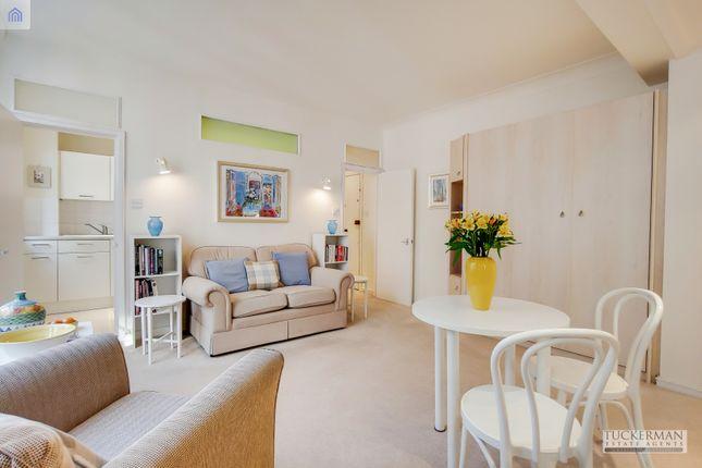 Reception of Morpeth Terrace, London SW1P
