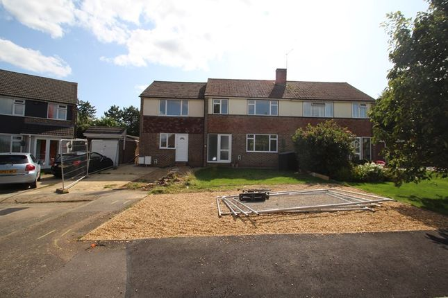 Picture No. 12 of Crowborough Drive, Warlingham, Surrey CR6