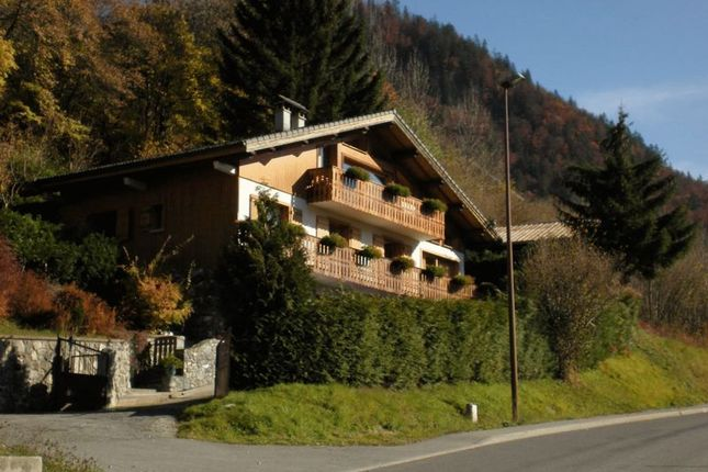 6 bed chalet for sale in Montriond, France