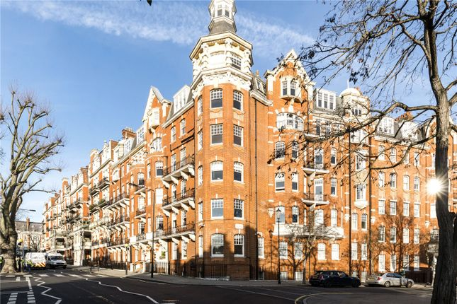 3 bed flat for sale in Campden Hill Court, Campden Hill Road, London