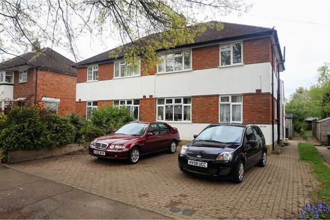 Thumbnail Flat for sale in Kingsley Grove, Reigate
