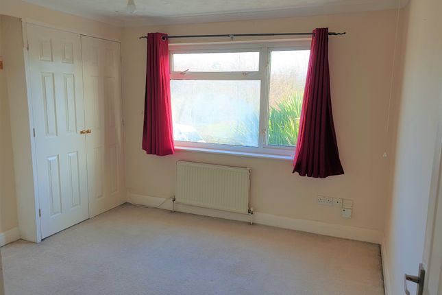 Thumbnail Terraced house to rent in Holborough, Snodland