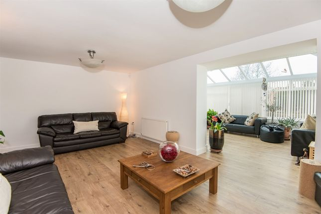 Thumbnail Detached house for sale in Ash Close, Dunham-On-Trent, Newark